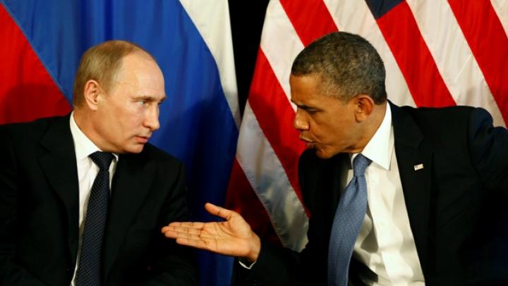 Obama îl avertizează pe Putin că acţiunile Rusiei privind Crimeea îl pot costa şi mai scump