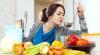 12 trucuri simple care îţi pot face viaţa mai uşoară în bucătărie
