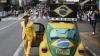 Povestea unui fan brazilian care este devotat naţionalei de fotbal până la... chiloţi (VIDEO)