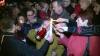 Focul haric a fost împărţit credincioşilor în Scuarul Catedralei mitropolitane din Chişinău