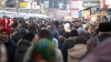 SCANDAL la piaţa Calea Basarabiei! Comercianţii au blocat o stradă din capitală în semn de protest (VIDEO)