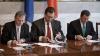 Cum explică analiştii politici creşterea Coaliţiei şi scăderea PCRM în sondaje (VIDEO)