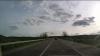 Distracţie extremă pe traseul Bălţi-Chişinău. Un şofer şi pasagerul său întrec orice limită (VIDEO)