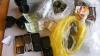 Sărbătorile pascale la deţinuţii din Moldova.Telefoane mobile, sute de litri de alcool şi marijuana (FOTO)