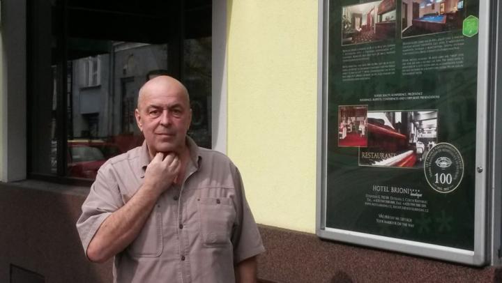Gestul inedit al unui bărbat din Cehia! UITE ce mesaj a scris pe uşa hotelului său în semn de protest faţă de anexarea Crimeii