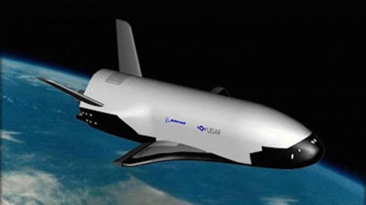 Un proiect american secret? Un avion zboară de 500 de zile pe orbita Pământului