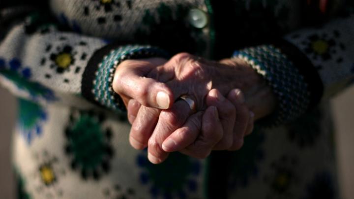 Teroare în Călăraşi. O bătrână a fost omorâtă în propria casă