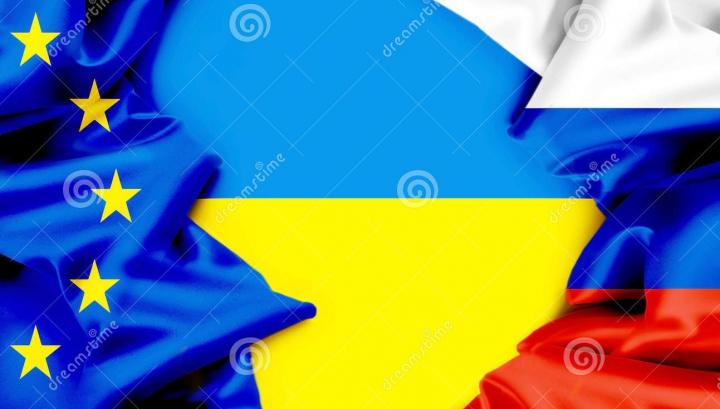 Ucraina introduce restricţii de circulaţie pentru ruşi ca reacţie la o decizie similară a Kremlinului