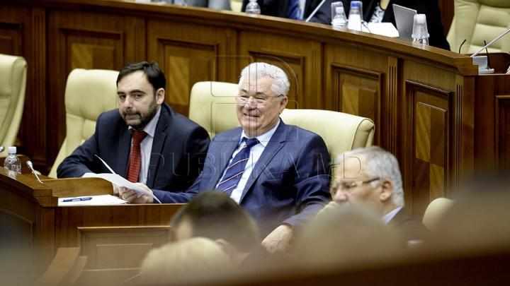 Vot UNANIM în Parlament! Voronin: În sfârşit, pentru prima dată după cinci ani, avem o poziţie comună