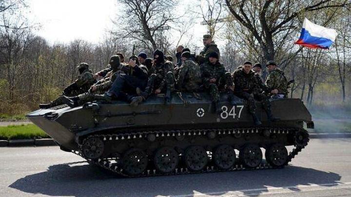 Presa din Ucraina: Separatiştii au capturat mai multe blindate la Kramatorsk. REACŢIA Ministerului Apărării de la Kiev (VIDEO)