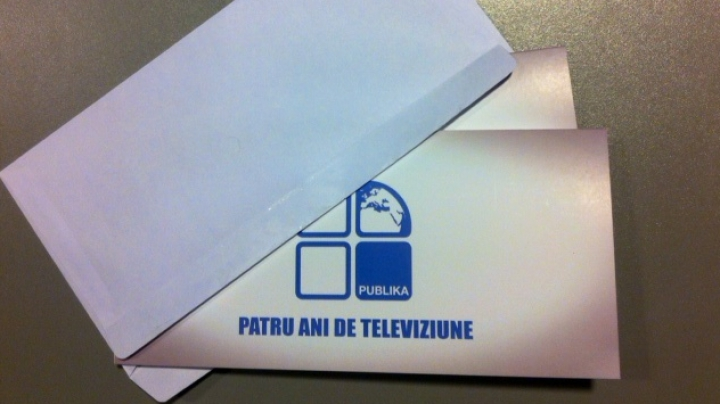 """Publika te cheamă să-ţi onorezi elitele. Câştigă două invitaţii la Gala """"10 pentru Moldova"""""""