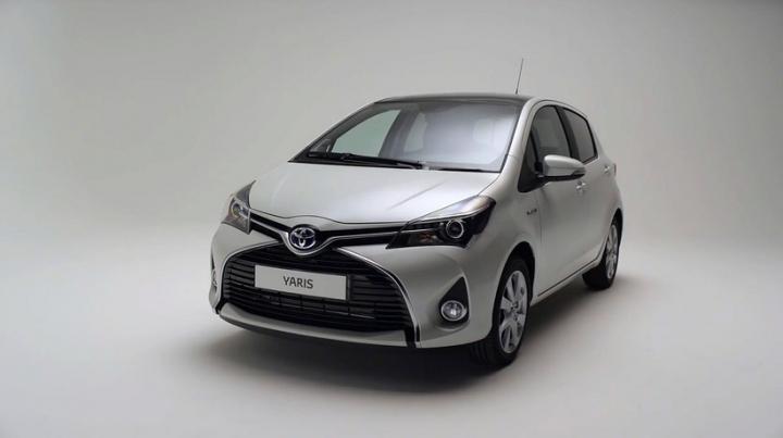 Toyota Yaris facelift – imagini şi informaţii oficiale