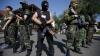 Armata ucraineană a reluat ofensiva asupra aeroportului din Doneţk. NATO îşi revizuieşte relaţiile cu Rusia