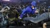 Incidente în Campionatul Rusiei! Suporterii echipei din Sankt-Petersburg au invadat terenul
