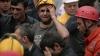 Durere și furie în Turcia. Numărul victimelor tragediei miniere este în creștere, iar oamenii continuă să protesteze