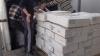 Opt tone de carne fără acte de provenienţă, confiscată de oamenii legii (VIDEO)