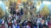 """Sute de enoriaşi s-au rugat pentru sănătate şi pace la """"Icoana Maicii Domnului cu trei mâini"""" (VIDEO)"""