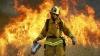 Imagini apocaliptice în sudul Californiei. Cel puţin un om a murit, în urma incendiului de vegetaţie