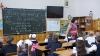 Nu le ajung bani pentru supravieţuire. Majoritatea învăţătorilor din Moldova sunt nemulţumiţi de salariul lor (VIDEO)