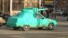 Unii ruşi au decis să-şi recondiţioneze maşinile cu prilejul Zilei Victoriei (FOTO)