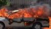 Pompierii în alertă! O maşină a fost cuprinsă de flăcări în capitală (VIDEO)