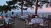 Într-un restaurant din Grecia, meniurile sunt scrise şi în limba română. Proprietarul îşi doreşte butoaie cu vinuri moldoveneşti (VIDEO)