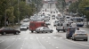 Teribilism pe străzile capitalei. Câţiva tineri îşi fac de cap în trafic şi încalcă regulile de circulaţie (VIDEO)