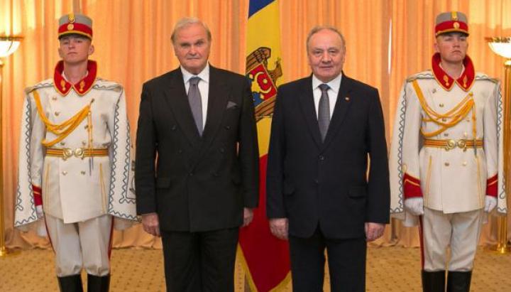 Cinci ambasadori şi-au prezentat scrisorile de acreditare preşedintelui Republicii Moldova. AFLĂ ce ţări reprezintă