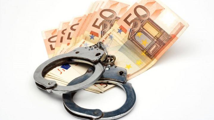 CNA completează lista ofiţerilor cercetaţi pentru corupere pasivă. Încă doi poliţişti au ajuns subiectul dosarelor penale