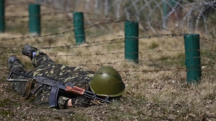 """Un militar ucrainean a fost ucis la Sloviansk. """"Teroriştii au acţionat cinic şi perfid"""""""