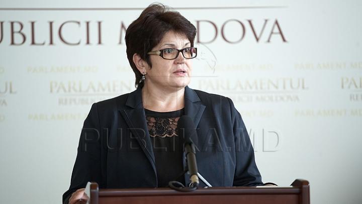 Familiile nevoiaşe din Moldova vor primi un ajutor material mai mare pentru perioada rece a anului