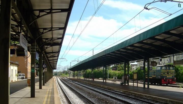 Un moldovean a fost găsit mort pe o cale ferată din Italia