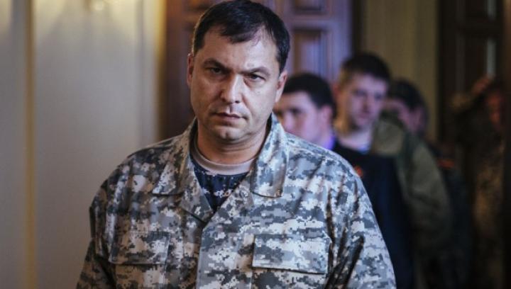 Liderul nerecunoscutei republici Lugansk declară război omologului din autoproclamata republică Doneţk