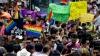 Capitala Mexicului s-a transformat într-un podium pentru mii de participanţi la o paradă gay