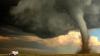 IMAGINI APOCALIPTICE: Tornadele fac ravagii în SUA, iar o furtună de nisip a adus prăpăd în China