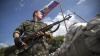 Luptele nu contenesc în estul Ucrainei. Rusia şi-a mobilizat tehnica militară la frontieră
