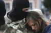 Armata ucraineană a reluat ofensiva în estul Ucrainei. Preşedintele Poroşenko a dat ordin de încetare a armistiţiului