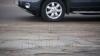 (VIDEO) Şoferi teribilişti în centrul capitalei! O coloană din maşini de lux sfidează regulile de circulaţie