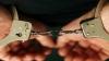 Patru tineri AU FOST ÎNCĂTUŞAŢI în fața unui local din sectorul Râșcani. Indivizii riscă ani grei de închisoare