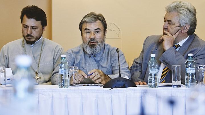 Formuzal, Garbuz şi episcopul Marchel au semnat un pact. Ce prevede documentul (GALERIE FOTO)