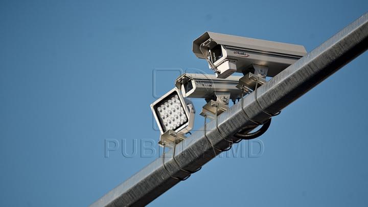 Atenţie, şoferi! Ce trebuie să ştiţi despre camerele de supraveghere a traficului din Chişinău