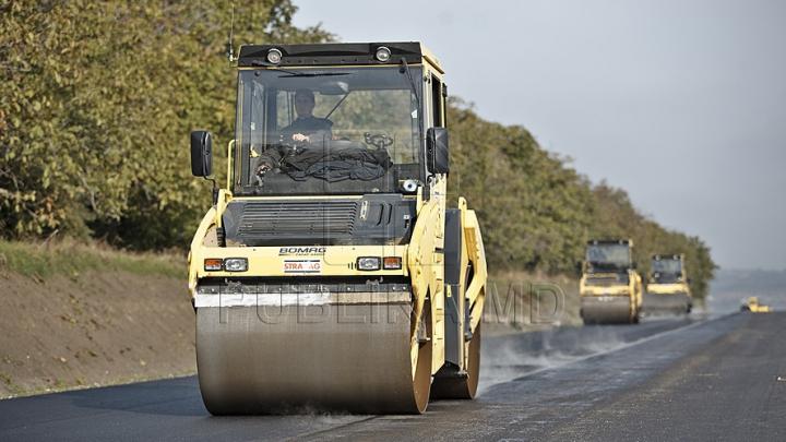 Comisia Europeană aşteaptă proiecte concrete pentru a finanţa modernizarea drumurilor şi a reţelelor de transport din Moldova