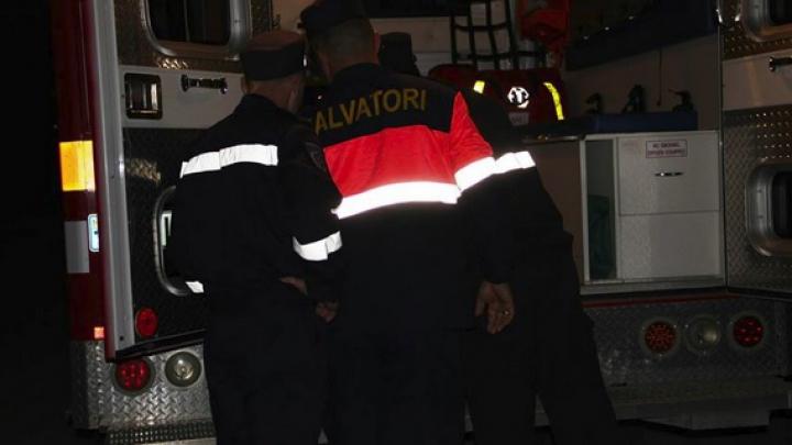 Doi vârstnici singuratici din Chişinău au fost smulşi de salvatori din ghearele morţii