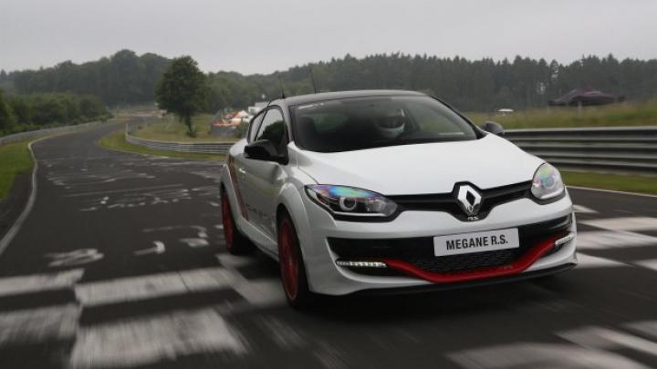 Renault Megane şi-a restabilit titlul de cel mai rapid hot-hatch