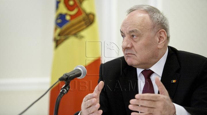 Nicolae Timofti a primit scrisorile de acreditare din partea a doi ambasadori (FOTO)