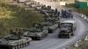 O COLOANĂ IMENSĂ de blindate şi tehnică militară se îndreaptă spre Doneţk (VIDEO)
