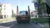 IMAGINI ŞOCANTE. Un biciclist a ajuns sub roţile unui camion de mare tonaj (VIDEO)