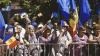 """""""Oda Bucuriei"""" în faţa Parlamentului. Mii de oameni au salutat ratificarea Acordului de Asociere cu UE"""