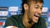 Nebunie în Japonia! Sute de fani ai lui Neymar s-au călcăt în picioare pentru a lua un autograf de la starul brazilian