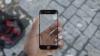 Ecranul de safir al viitorului iPhone 6 este testat fără milă (VIDEO)